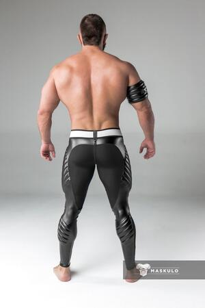 Maskulo Armored. Men's Fetish Leggings. Codpiece. Zipped rear sort